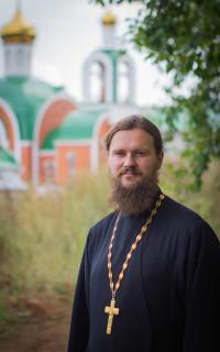 протоиерей Ярослав Иванов, руководитель отдела по делам молодёжи Челябинской епархии