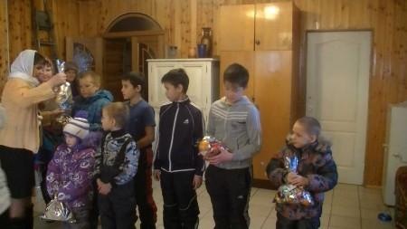 Рождество Христово. Раздача подарков детям с детского дома, и детей беженцам, г. Усть-Катав