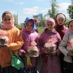 Дети с куличами, Фестиваль жен-мироносиц, город Челябинск, 15 мая 2016 года