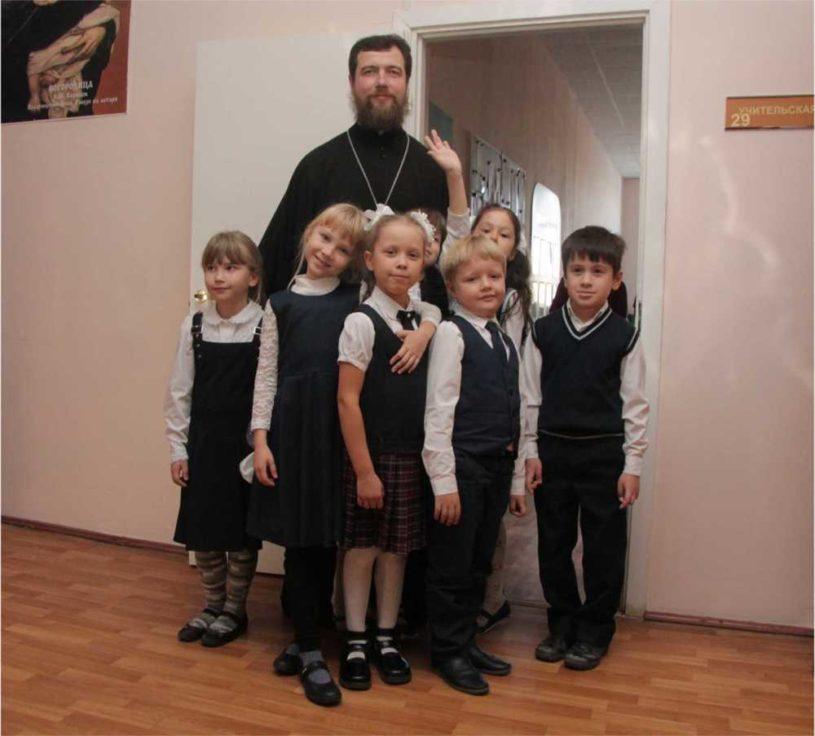 Священник Александр Власов