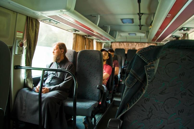 Автобус с крестоходцами отправляется в Екатеринбург