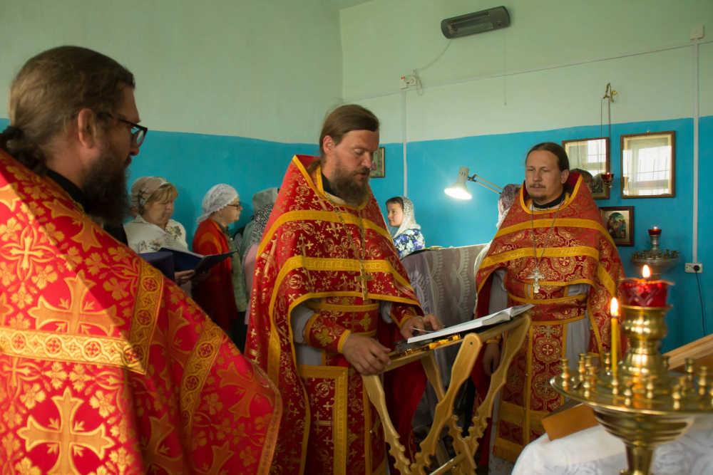 Миссионерский крестный ход, село Багаряк, Литургия, 9 августа 2018 года