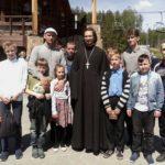 Скауты города Миасса с отцом Федором Конюховым