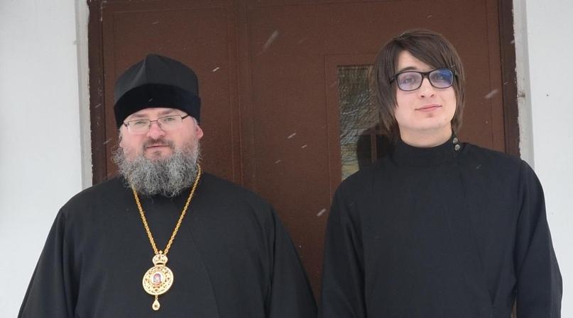 С епископом Козельским и Людиновским Никитой, учителем и духовным наставником. 2013 г.